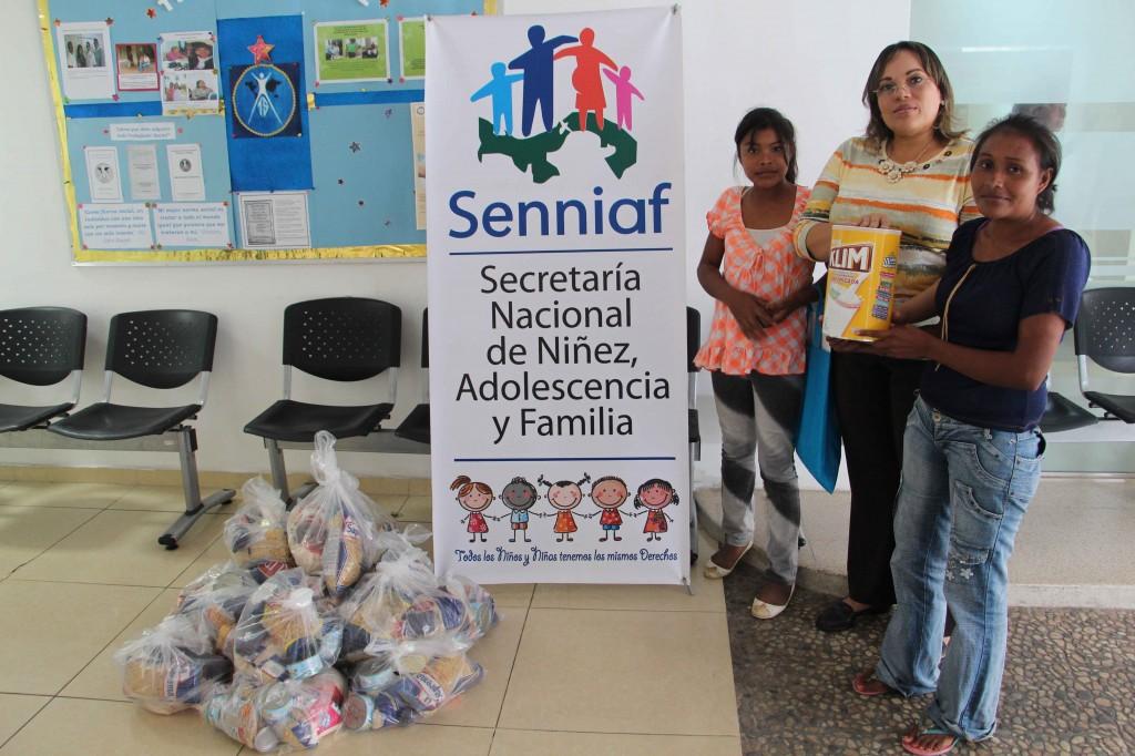 Entrega de Donaciones
