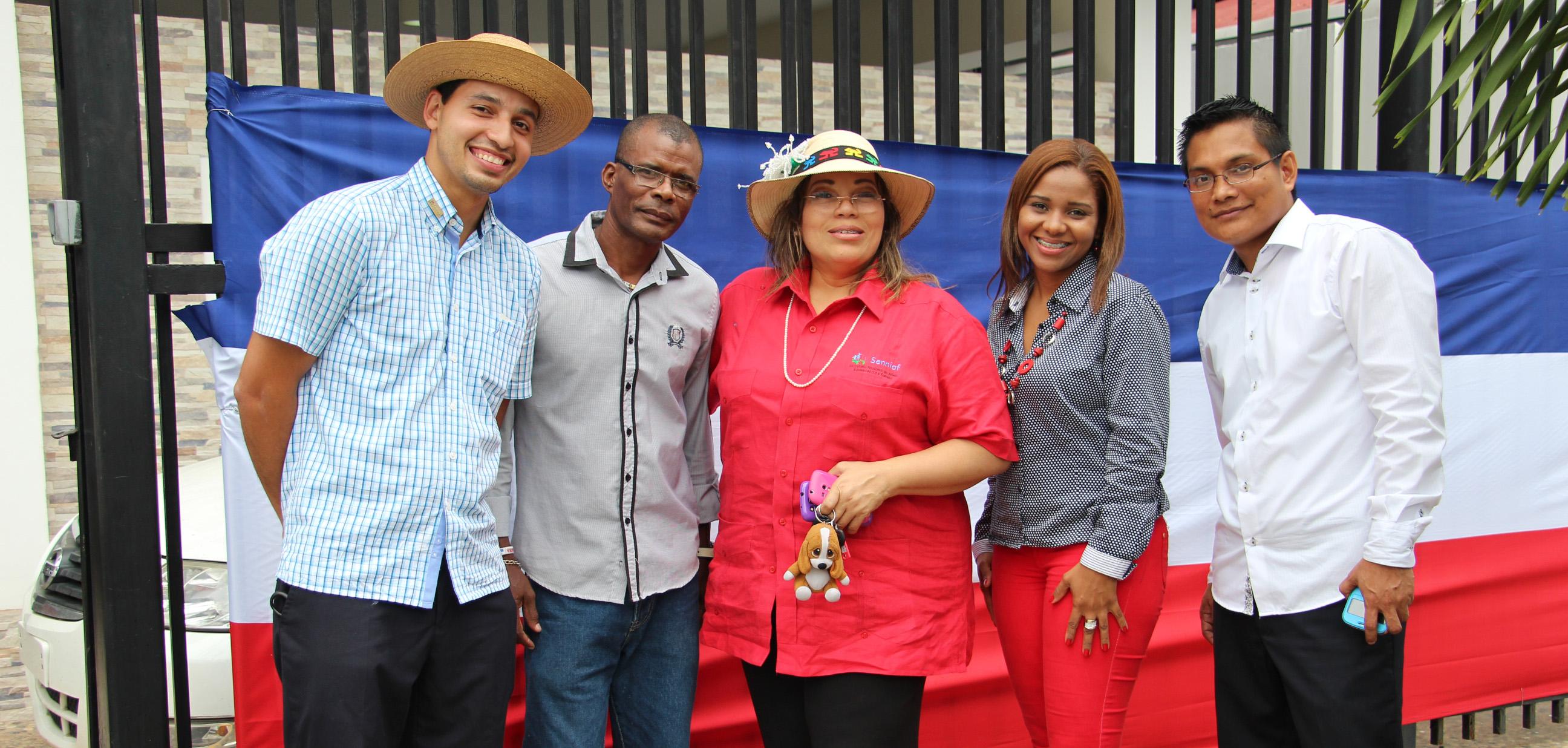 Visita a 'El Hogarcito' en Asunción, Paraguay